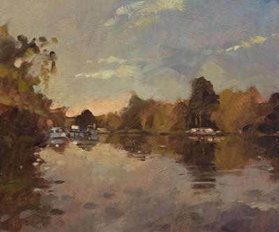 Dawn near Hampton Court